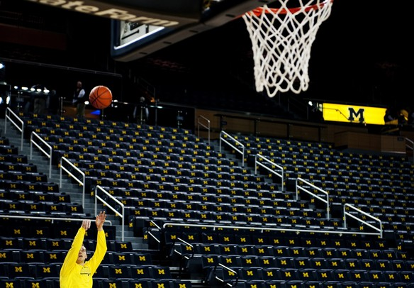 Michigan freshman Nik Stauskas warms up before the game against Illinois on Sunday, Feb. 24. Daniel Brenner I AnnArbor.com