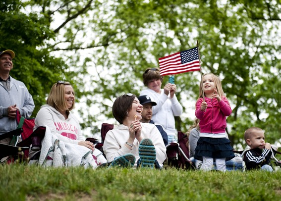 Barber Ypsilanti : Brooke Barber, 4, waves a flag next to her family on Monday, May 27 ...
