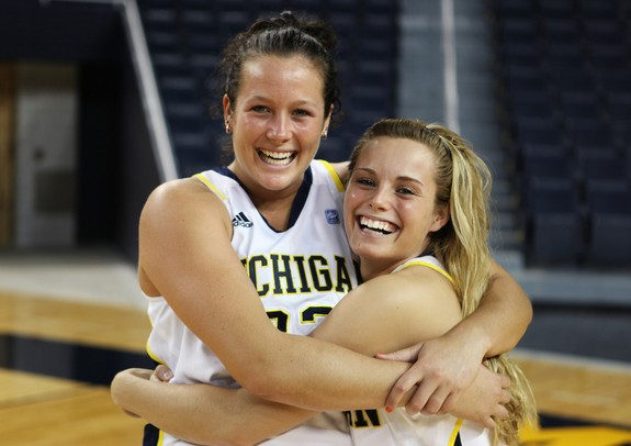 Images from the Michigan men's and women's basketball ...