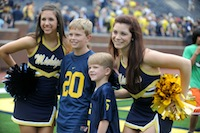 children_with_cheerleaders.jpg